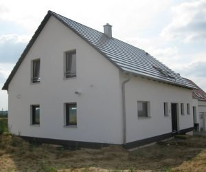 """Einfamilienhaus mit Kunststofffenster KF 410 und Rolll""""den1"""